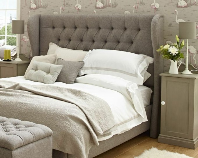winged-lona-super-king-upholstered-headboard-with-ottoman-and-nightstand-for-bedroom-decoration-ideas-west-elm-bed-frame-king-tufted-upholstered-headboard-white-headboard-queen-tufted-headboard-diy-qu